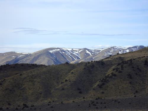 Southern ridge of the Petersen Mountains seen from Freds Mountain Road