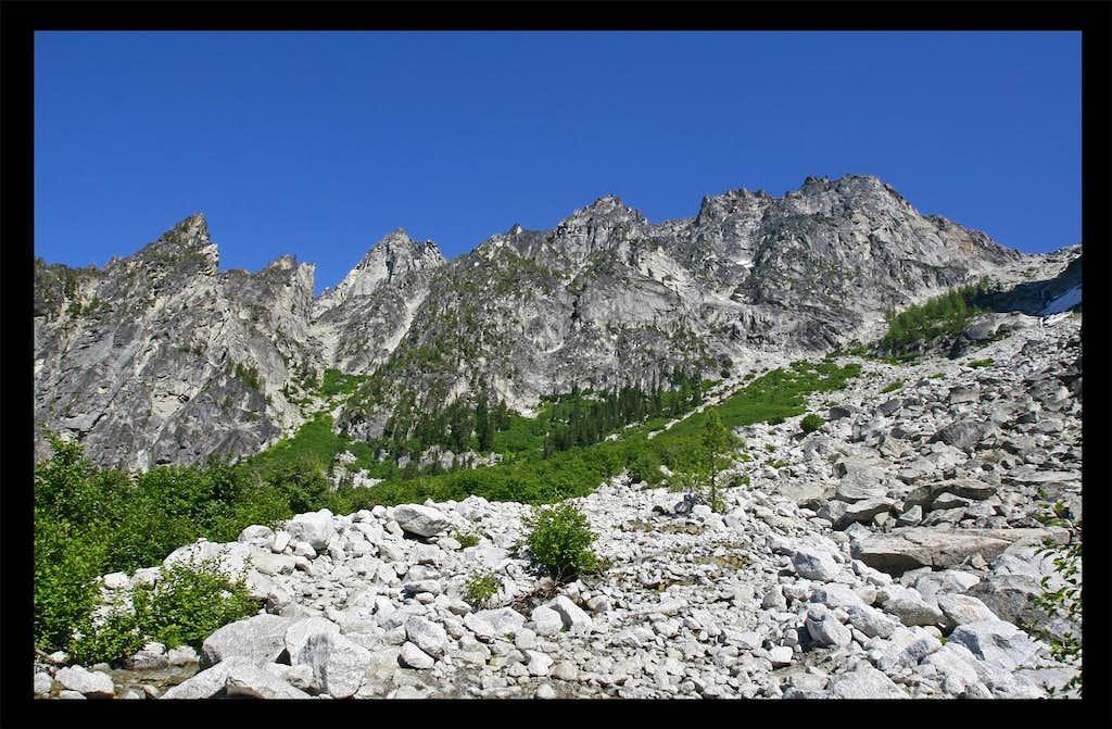 Ascending Aasgard Pass