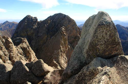 Little Squaretop Summit Block with Organ Needle in the background