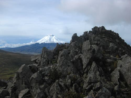Cotopaxi from the slopes of Sincholagua