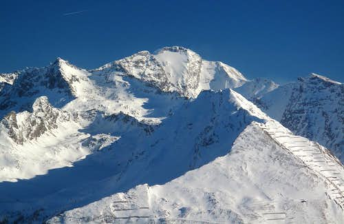 Close-up on the Ankogel (3246m) and surrounding peaks