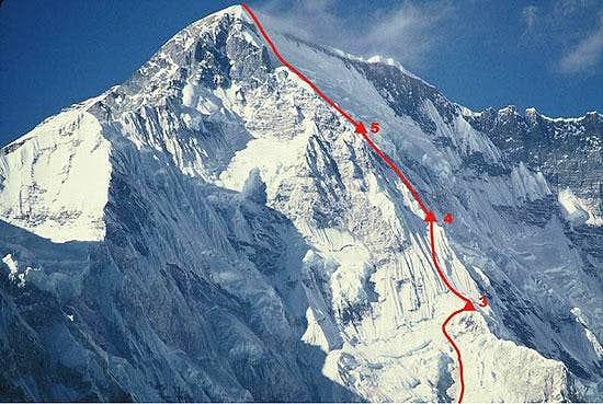 The 1985 winter ascent route on Cho Oyu