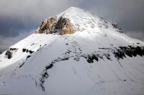 Mount Bowlen, 3072 metres, as...