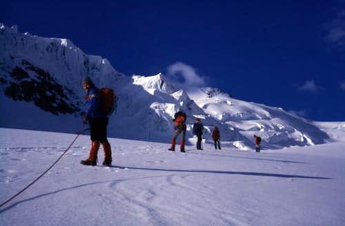 Aproaching Wildspitze via...