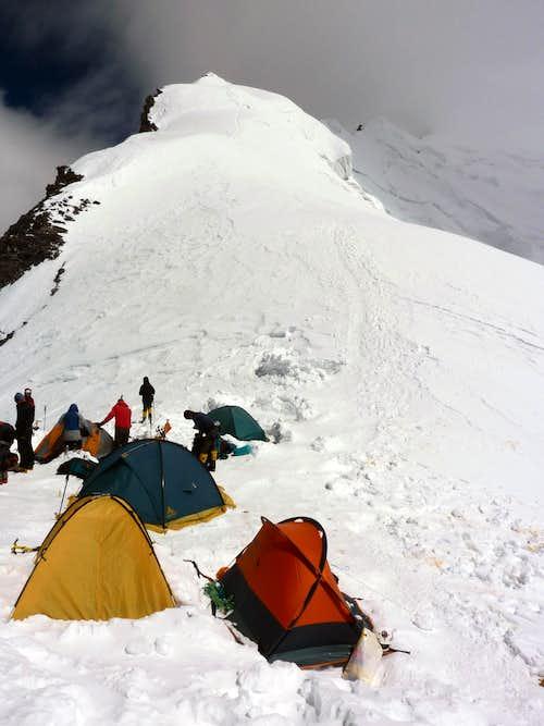 Korjenevskaya Peak - Camp 3 - 6350 m