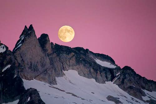 Full Moon over Gunsight Peak