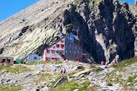 Rifugio Quintino Sella (2640 m)
