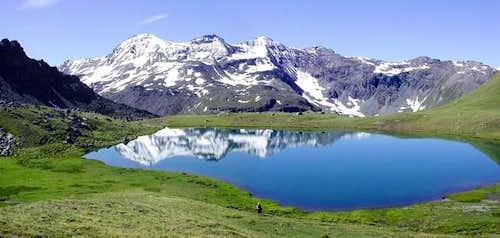 il lago Corona (2701 m.)