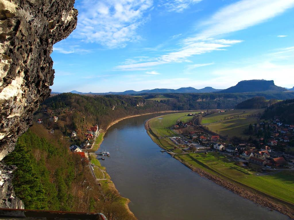 Looking up the Elbe from the Tiedge-Aussicht on the Bastei