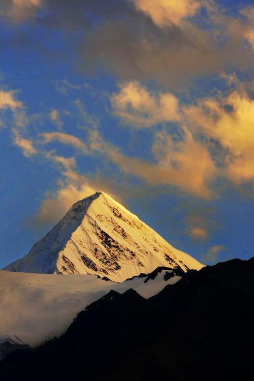 Shimshal White Horn 6303 m