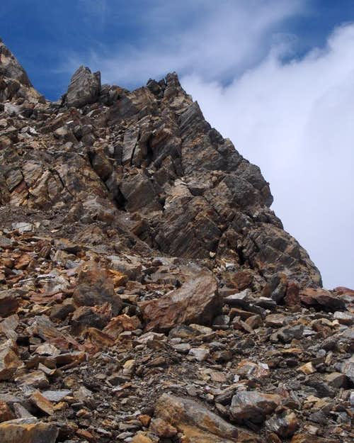 Rubble on the east ridge of the Rotmooskogel