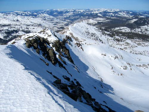 View of the NW ridge of Dick\'s Peak