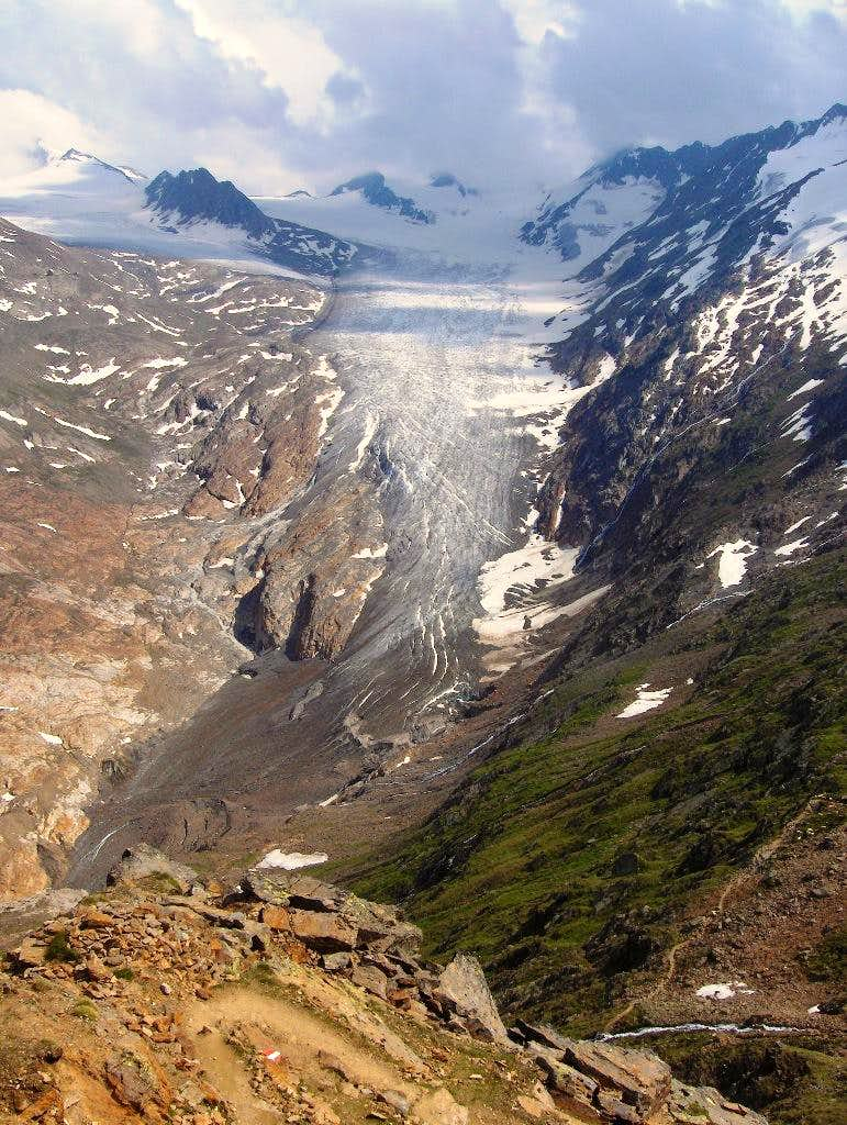 The Gurgler glacier from the Ramolhaus