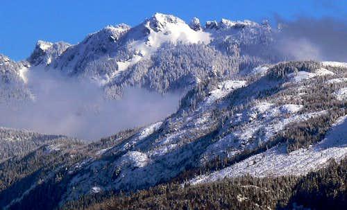 Illabot Peaks
