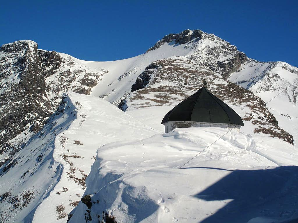 Just in front of the Hannover hut in deep winter
