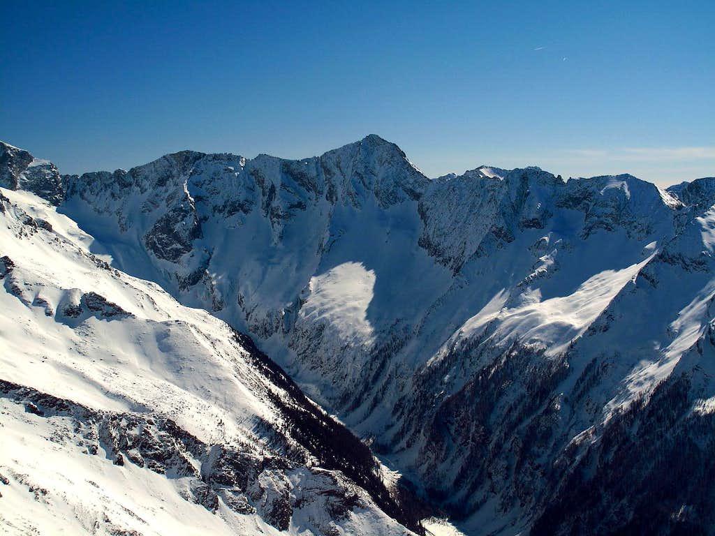 Säuleck (3086m) and Detmold ridge in Carinthia