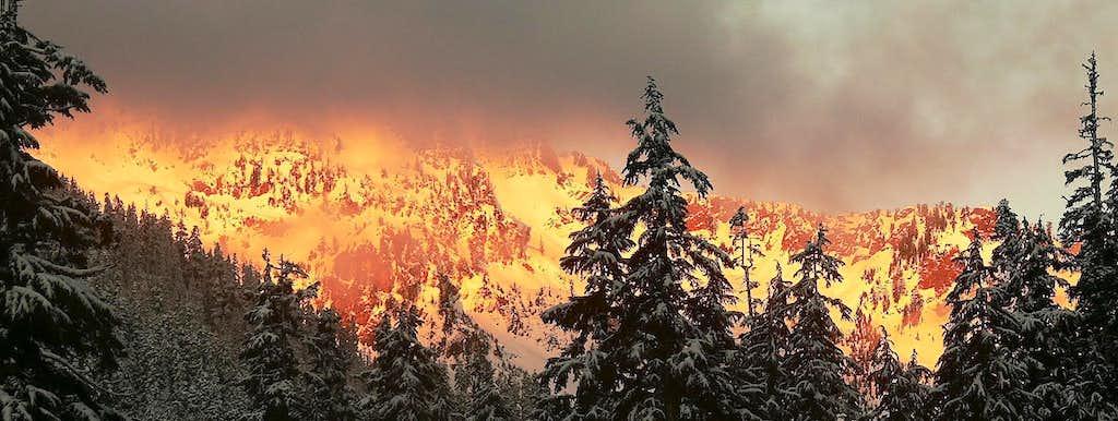 Sunrise on Chair Peak