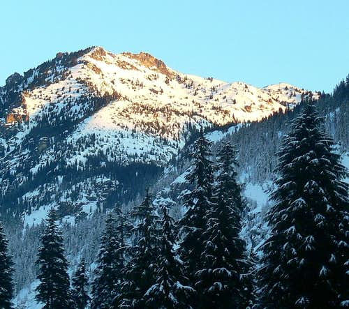 Snoqualmie Mountain in the Morning