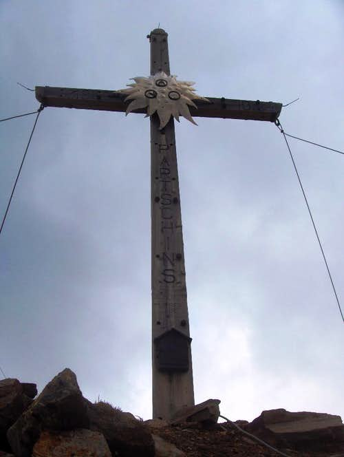 Blasiuszeiger summit cross (2837m)