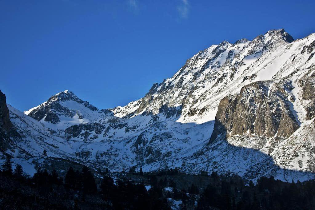 Satan and Strbsky peaks