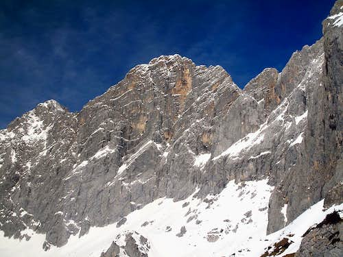 The south face of Hoher Dachstein (2995m)