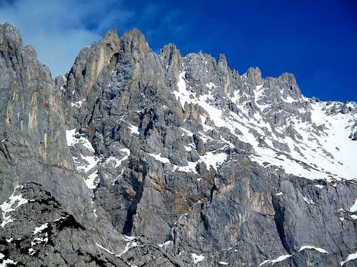 The very rugged west ridge of Scheichenspitze (2667m)