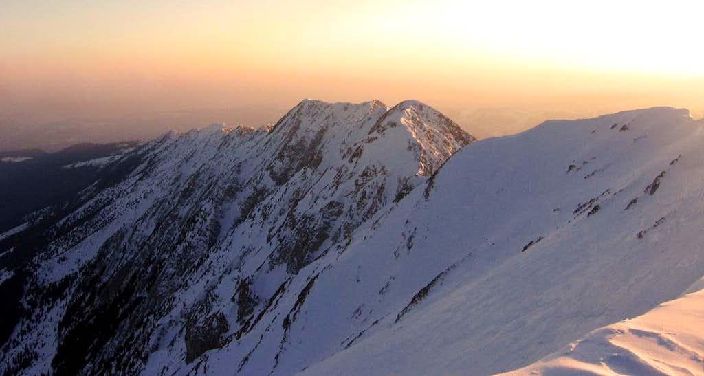 South ridge in sunset from La Om peak