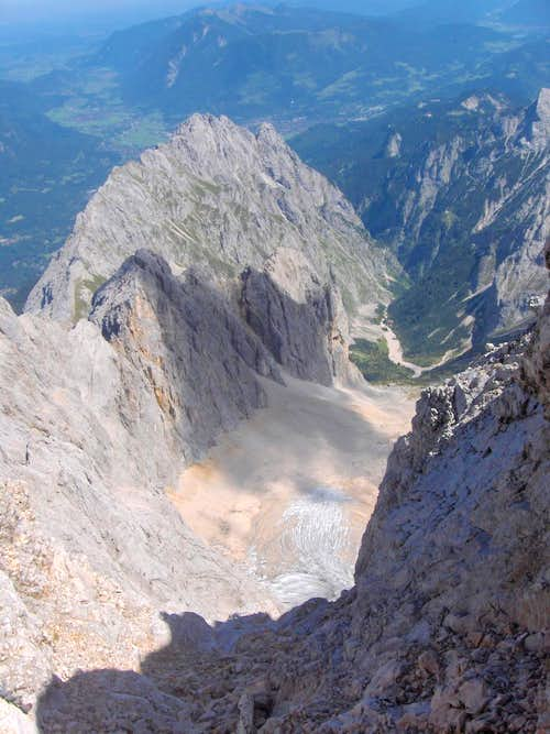 View down the Höllental