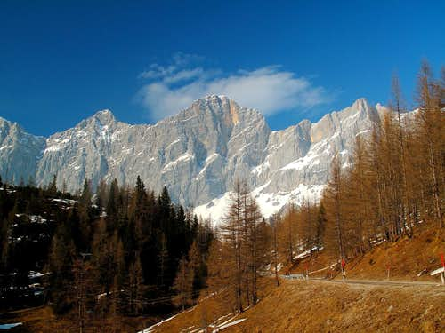 Great backdrops on the Dachstein road (Dachsteinstrasse)