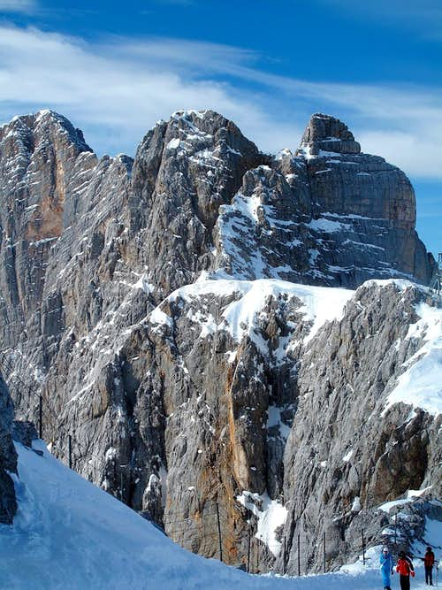 Hoher Dachstein (2995m), Südliches and Nördliches Dirndl (2832m and 2818m) and the south face