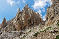 Rock formations of Mugoni