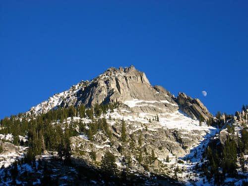 Sawtooth Mountain