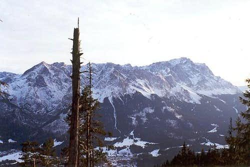 The ridge from Alpspitze...