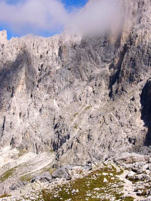 The wall of the ferrata Santner