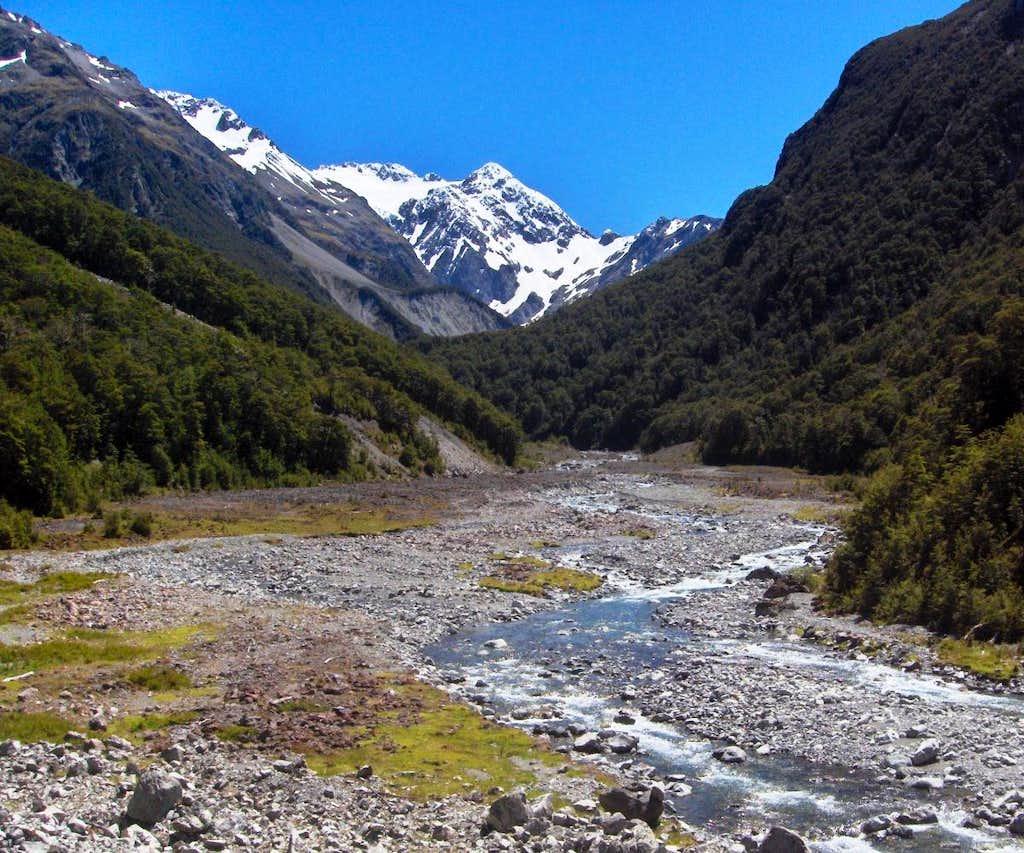 Mount Rolleston (2275m)