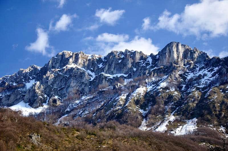 Stogovo: Krsiser rocks