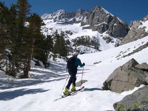 Skiing toward Middle Palisade Glacier