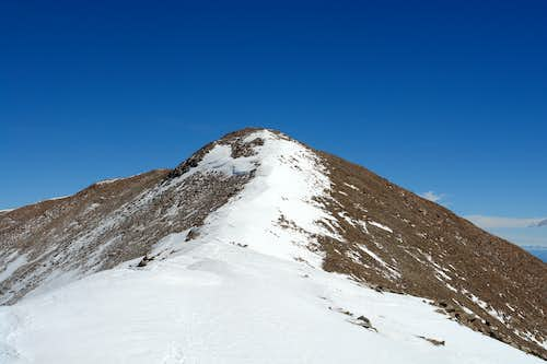 Summit ridge of Mount Peale