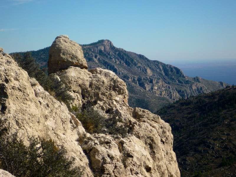 Hunter Peak from Bartlett-Shumard Saddle
