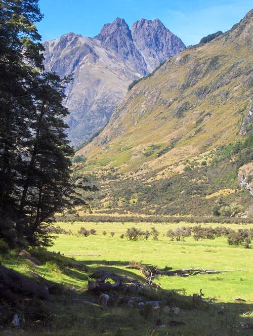 Near the confluence of the Caples and Greenstone rivers