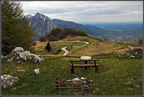 On Monte San Simeone plateau