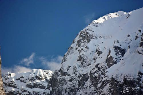 Karanfili snowy ridges