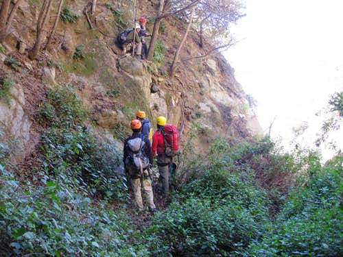 Setting Up an Anchor in Bailey Canyon