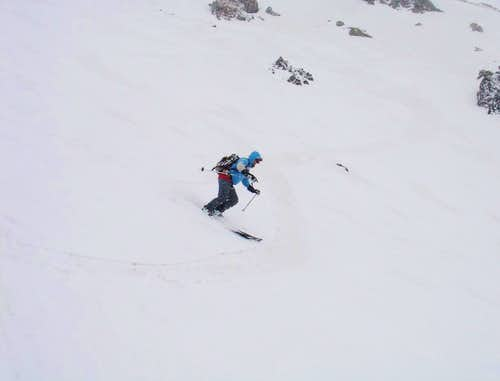 Enjoying turns in the east chute