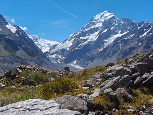 Aoraki / Mount Cook from the Hooker Valley