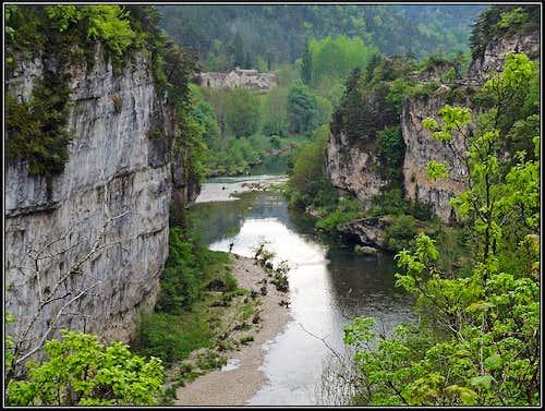Tarn canyon