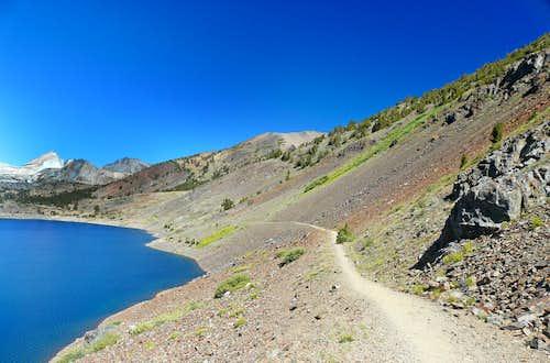 Saddlebag Lake Trail, east side