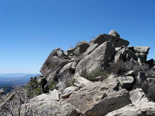 More rocks        (17)