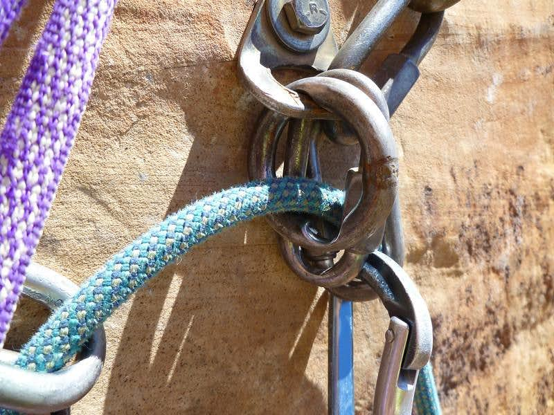 The ropes & sand really wear down the anchors