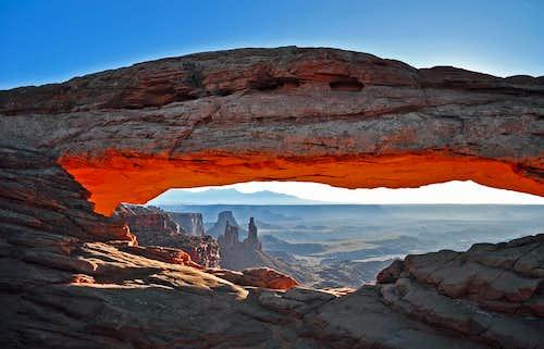 Mesa Arch_dawn_2009